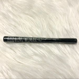 🍎 New The Beauty Crop Wing Woman Liquid Eyeliner